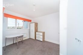 NO AGENCY FEES 2 bedroom furnished student apartment close to Brighton & Sussex University Campuses