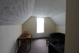 2 Bedroom Flat to Rent In Crumpsall Manchester M8 4RF