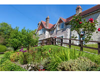 HOTEL ASSISTANT REQUIRED FOR SMALL COUNTRY HOUSE