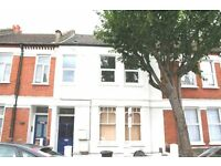 Very spacious 3 large double bedroom maisonette, lounge, dining kitchen, 1 min Tooting Broadway