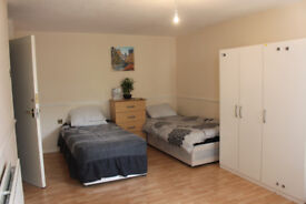 Fantastic and Cheap New Room for Rent in E14, London area. GOING FAST!!!