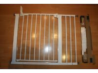Baby Dan Gate with Extension Pack, used, good condition