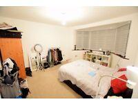 Spacious Double Bedroom for Rent - Newbury Park (All Bills Inclusive!!)