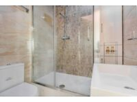 3 Bed 2 Bathroom FULLY FURNISHED Penthouse w/ FREE PARKING in Newham E7