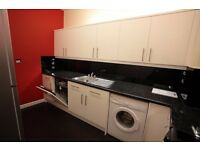 4 Bed Student Flat to rent in Clifton Area - High Specification