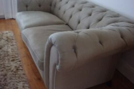 BEAUTIFUL LADY VICTORIA SOFA - MADE TO ORDER -EXCELLENT CONDITION AND COSTLY PURCHASE