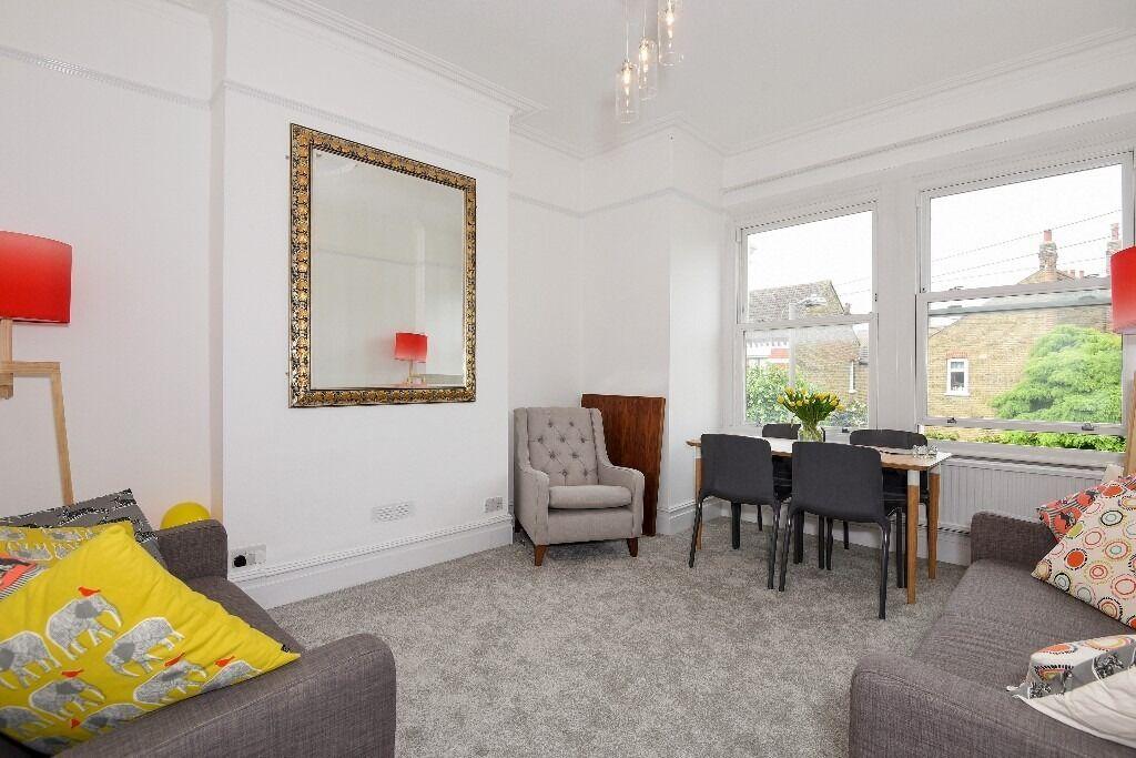 Stunning Three Bedroom First Floor maisonette, Stapleton Road SW17, £2300 Per Month