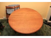 Butterfly or folding dining table with 4 fold chairs and cushions