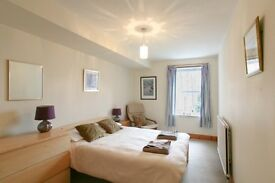 EDINBURGH FESTIVAL FLAT: (Ref: 747) Bellevue Road. Bright and spacious second floor flat!