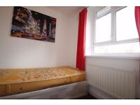 WANTED A SINGLE ROOM?YOU GOT THAT AND A LIVING ROOM,GARDEN,DINING TABLE AND FULLY FURNISHED HOUSE 5P