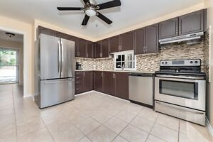 Why Settle For A Townhouse? *25 Copeman Cres, Barrie