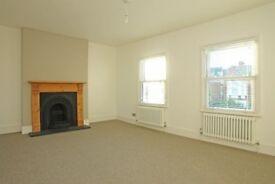 One bedroom split level flat on Lordship Lane, East Dulwich SE22