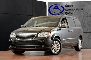 2015 Chrysler Town & Country Limited CUIR TOIT NAV TV Remorquage