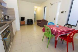 Short Term fully furnished 2-bedroom Apartment, North Melbourne