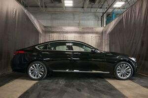 2015 Hyundai Genesis LUXURY w/ NAVI / XENON'S / PANORAMIC ROOF