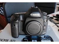 Canon 5D Mark III + 64GB CF Card + Extra Battery