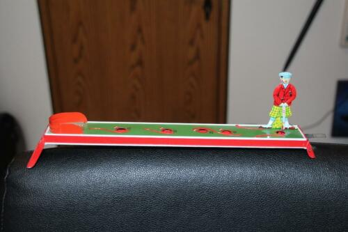 Blechspielzeug  GOLFER in Geislingen an der Steige
