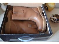 Like New Size 4 Protective Work/Rigger Boots