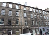 Causewayside, Edinburgh 2 bedroom second floor flat Holiday let available can sleep up to 6