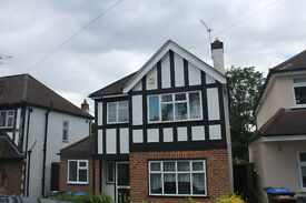 3 rooms available in detatched 5 bed house- Englefield Green- student let for RHUL only