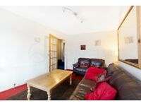 CR0 4NX - AN IDEAL 4 BED FLAT ON PURLEY WAY WITHIN WALKING DISTANCE TO WADDON STATION - VIEW NOW