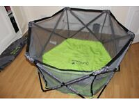 Summer Infant Playpen Indoor / Outdoor