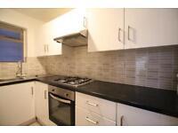 3 bedroom flat in Anson Road, Willesden