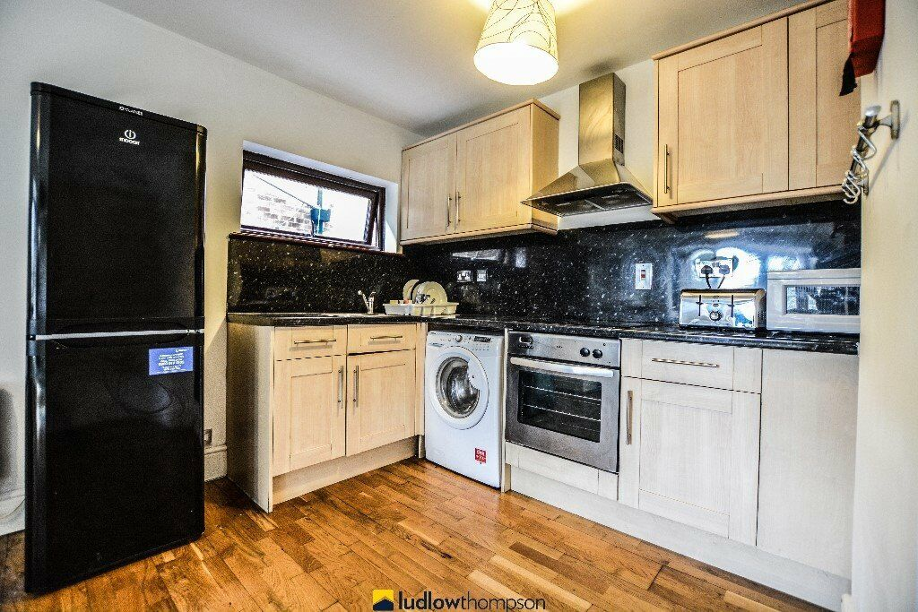 Stunning One Bedroom in Acton-W3