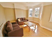 1 bedroom flat in Glenfield Road, Ealing, W13