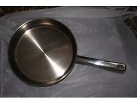 Stellar stainless 26 cm frying pan with lid