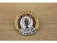 MANCHESTER UNITED FOOTBALL CLUB 1968 WINNERS EUROPEAN CUP ENAMEL BADGE ONLY £3.99