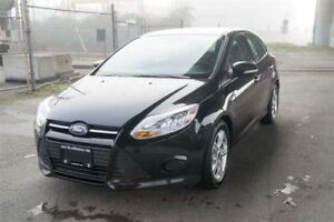 2014 Ford Focus SE  Low KM, Clean Hatchback!