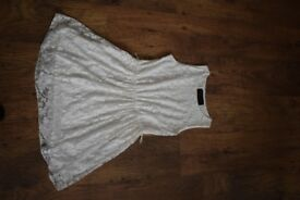 White dress with lace size 8