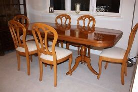 FINAL REDUCTION Extending Cherry Veneer Dining Table and 6 Matching Chairs in excellent condition