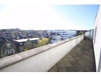 NICE DOUBLE ROOM IN A BEAUTIFUL MODERN FLAT IN ARSENAL, WITH A LOVELY TERRACE ALL BILLS INCL. /20D