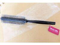 BRAND NEW Round Hair Brush by Head Girl, Histon