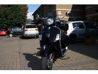 Vespa gts 300 super with Helmet. (Good condition, Low mileage)
