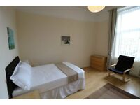 Easy access city centre, sharing with professionals, fully nclusive rent