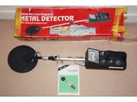 Micronta Deluxe very low frequency Metal Detector