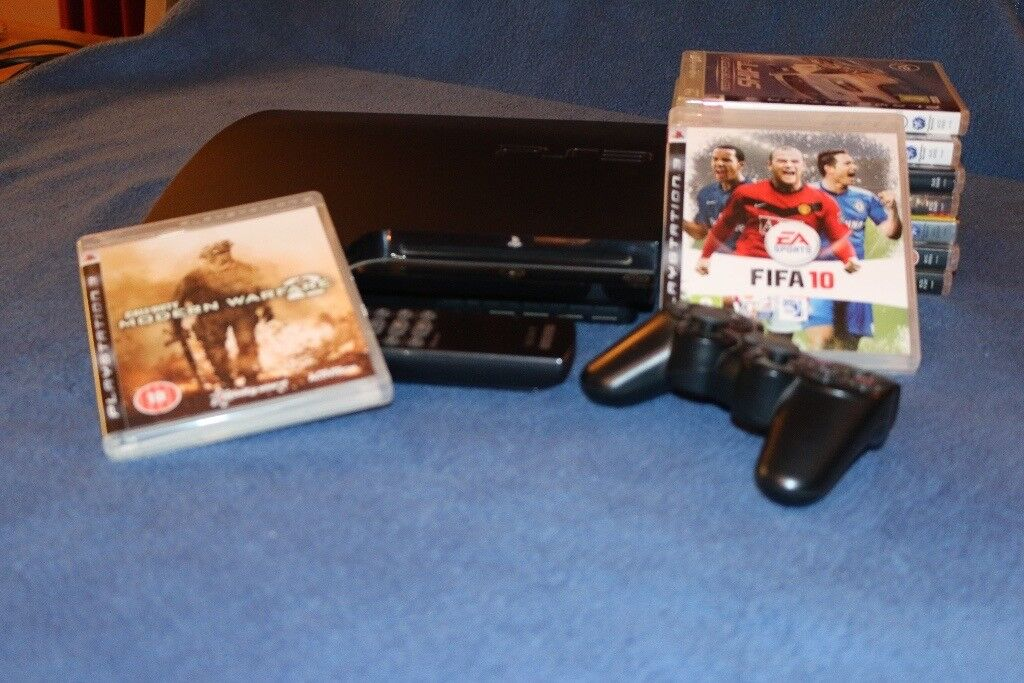 FINAL REDUCTION BARGAIN! - PS3 console with game controller and 9 games