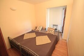 AMAZING TWIN ROOM AVAILABLE IN ARCHWAY ZONE 2! **ALL BILLS INCLUDED** 76A3