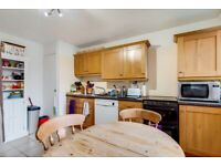 Lovely 3 bedroom flat in Hammersmith