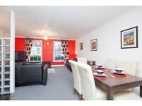 2 Double Bedroom (Plus sofa bed) apartment available short term BILLS/WIFI/PARKING included