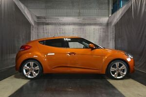 2013 Hyundai Veloster w/ NAVIGATION / LOW KMS / AUTOMATIC