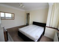 Spacious 4 bedrooms terrace house with Driveway and Garden, Barkingside--No DSS please
