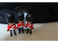 Playmobil Royal Guards x3 and sentry box