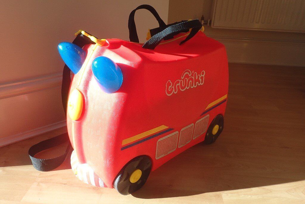 2dd4215fd8d1 Trunki – Frank the Fire Truck ride on suitcase (Red)