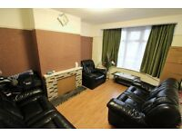 Excellent and Spacious 4 bedrooms terrace house in Ilford -- No DSS please