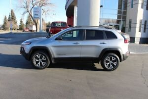 2016 Jeep Cherokee Trailhawk (LEATHER - SUNROOF - NAV)
