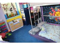 Comfy single room in colourfull, vegeterian household, 4 mins walk to Aberdeen University